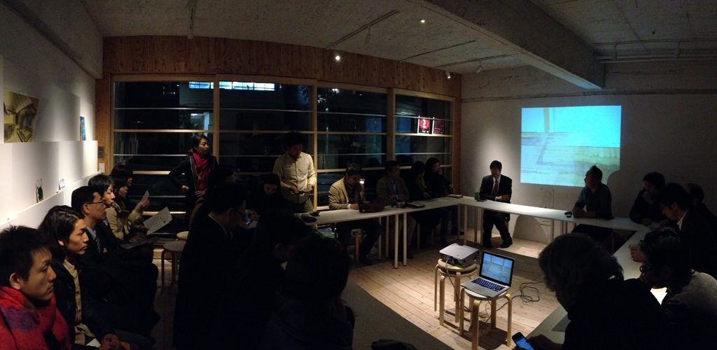 HEAD研究会リノベTFの会議の写真