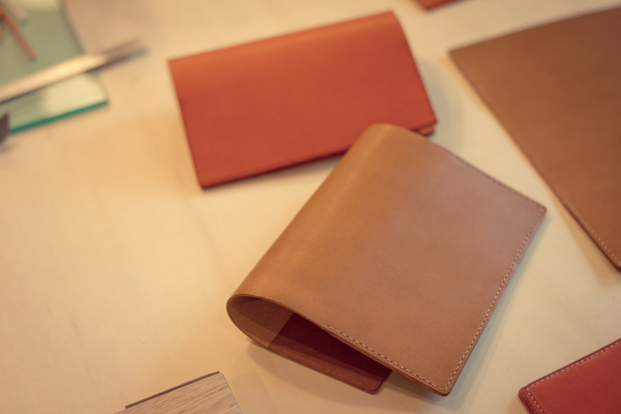 img_andozaka-coin_1f_wookshop_handmade_leather_Philosophii-Leathers_photo01